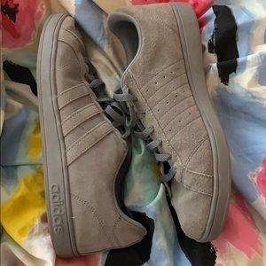 adidas dark grey suede sneakers size 10